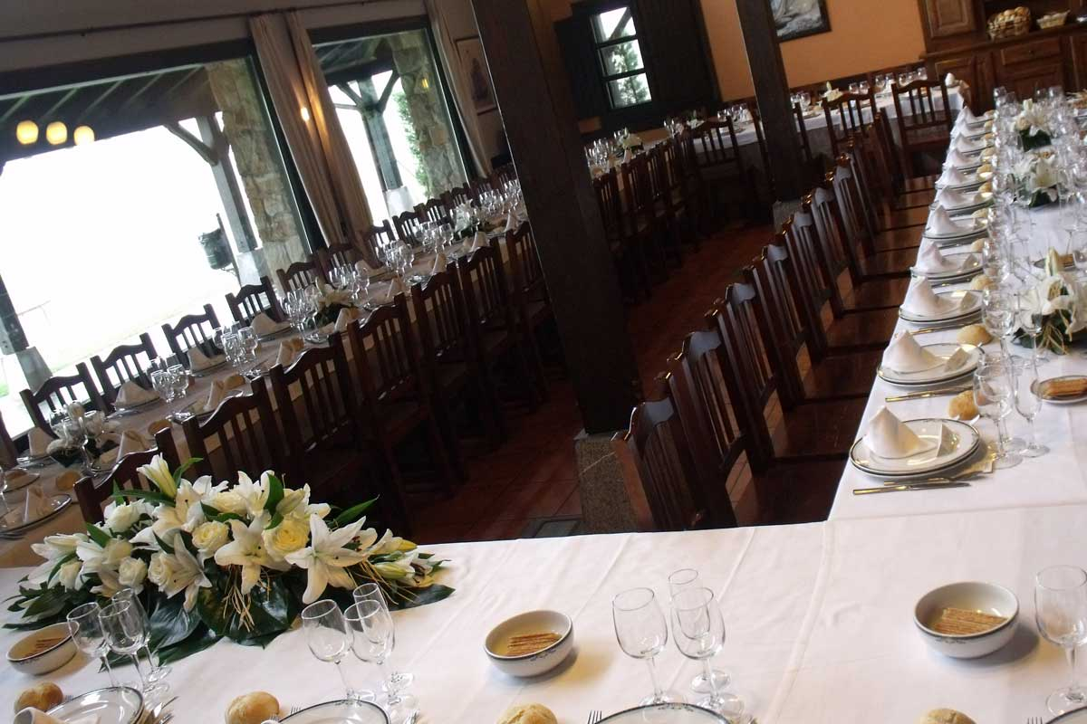 Restaurante en plencia